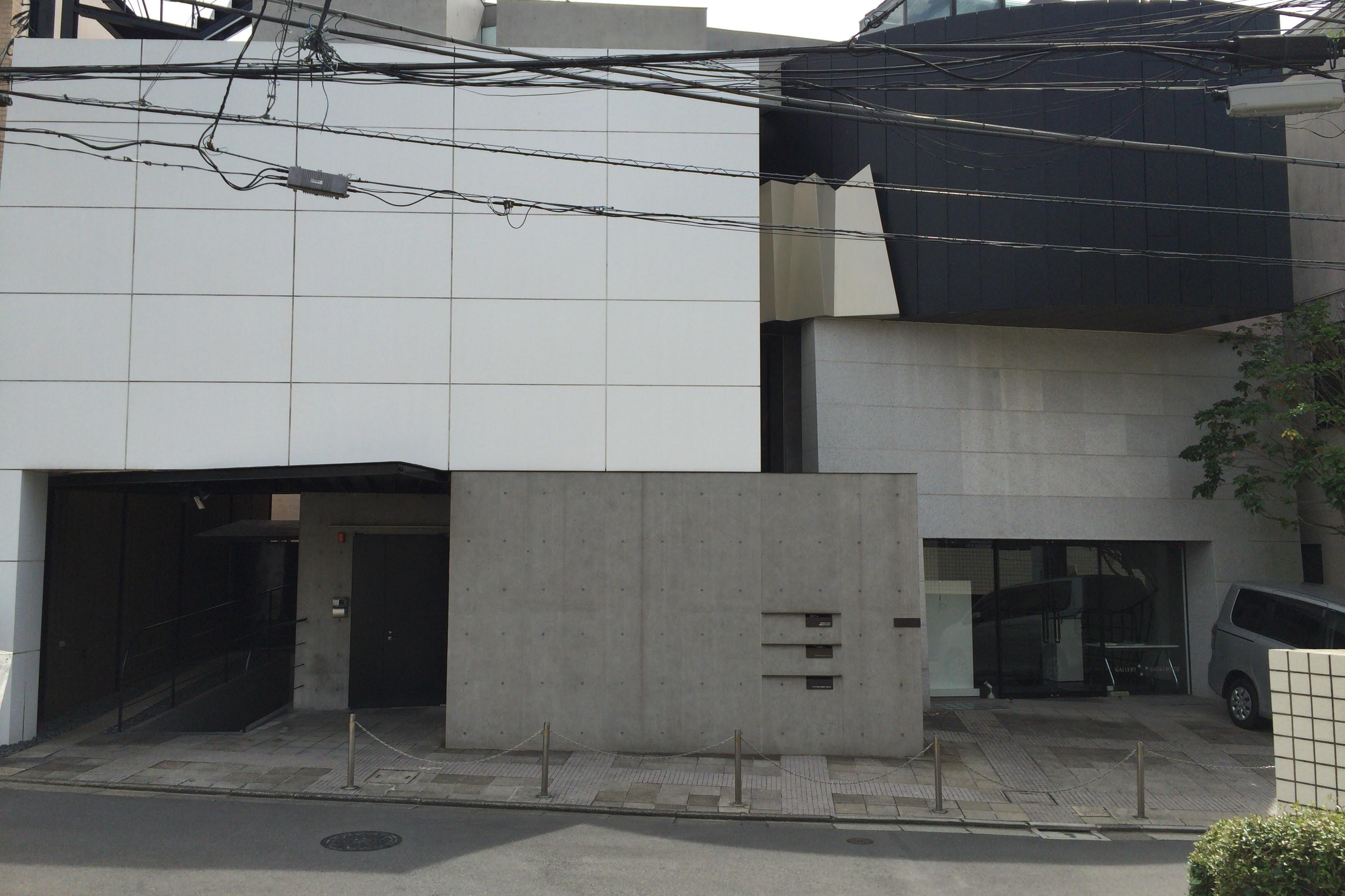 superclassic-facade-1
