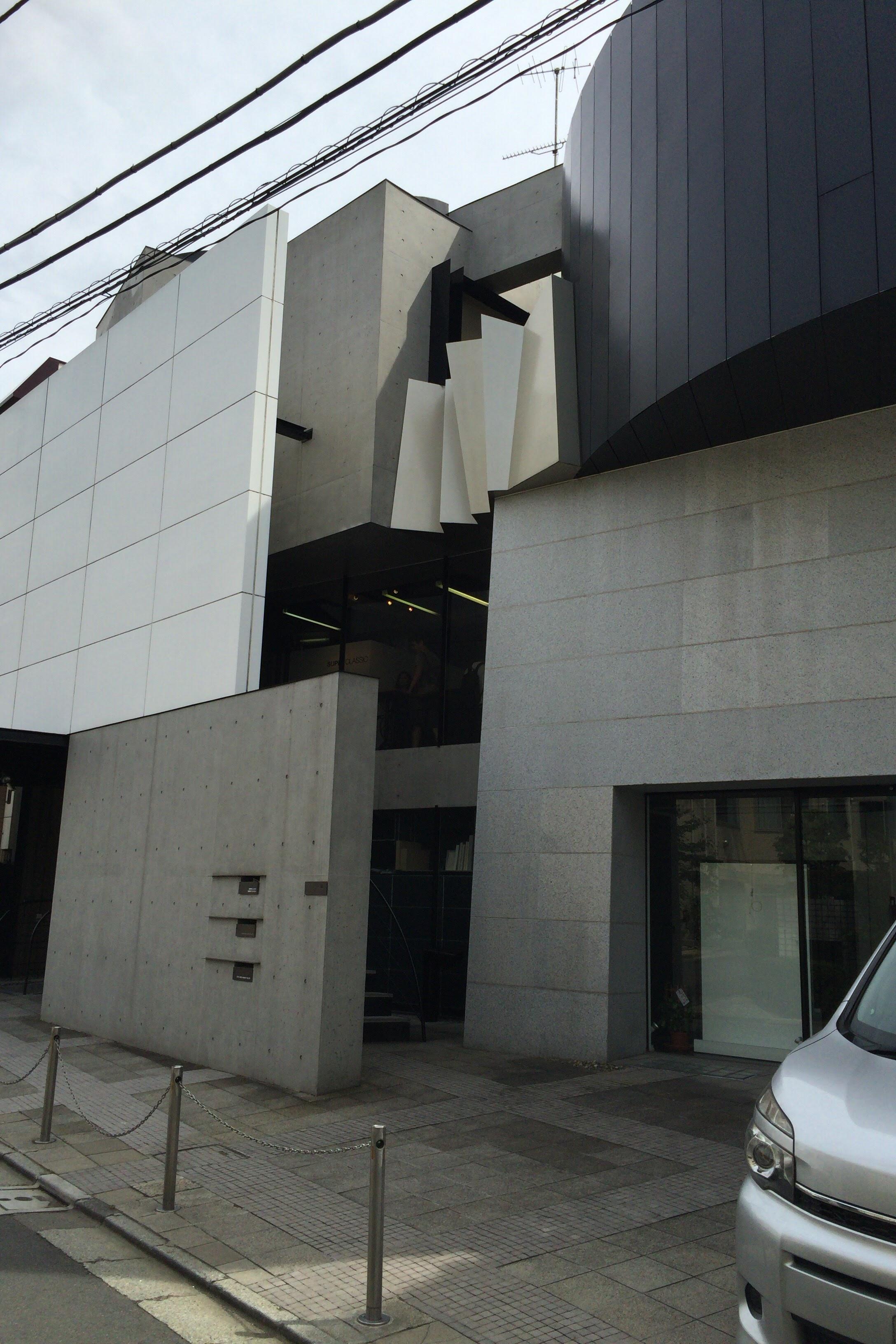 superclassic-facade-2